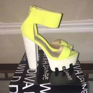 Neon yellow & white open toe platform heel